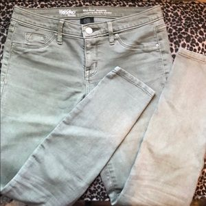 Pants - SUPER STRETCH MIDRISE GREEN JEGGINGS